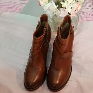 Ariat Women Ankle boots shoes Size 8.5B